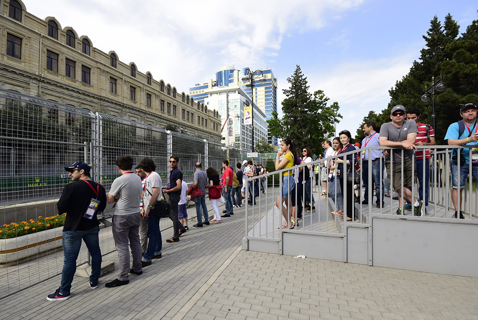 Discover more of Baku City Circuit with this flexi-ticket, enjoy everything the circuit has to offer.